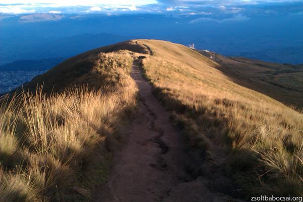 Climbing Pichincha 8